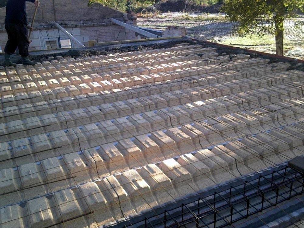 Plancher bois ou b ton que choisir pourquoi - Faire un plancher beton sur poutre bois ...